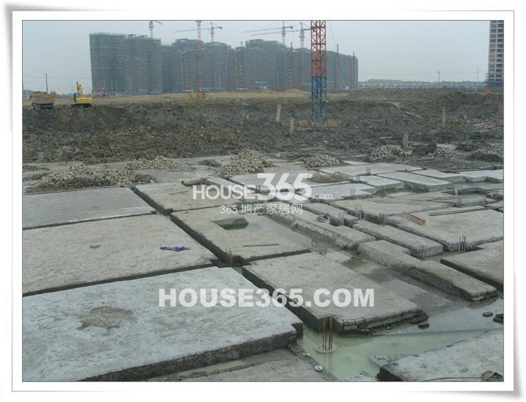 九龙仓君廷项目施工现场