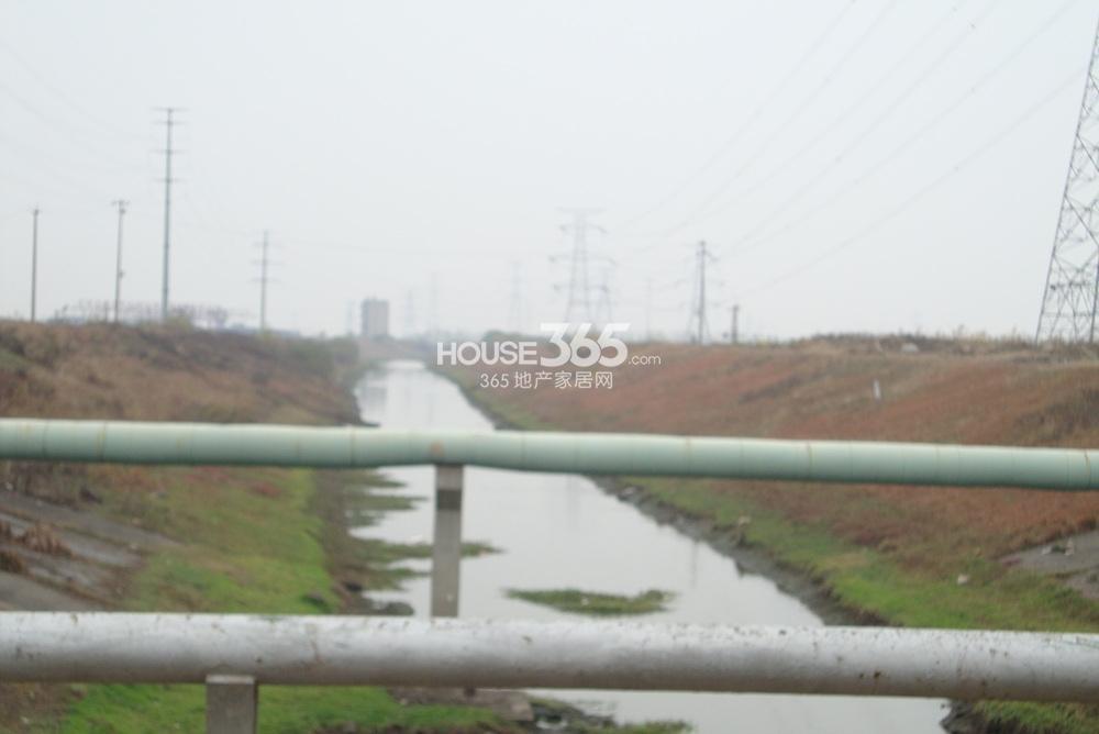 翠屏九溪诚园北面500米河道(2.10)