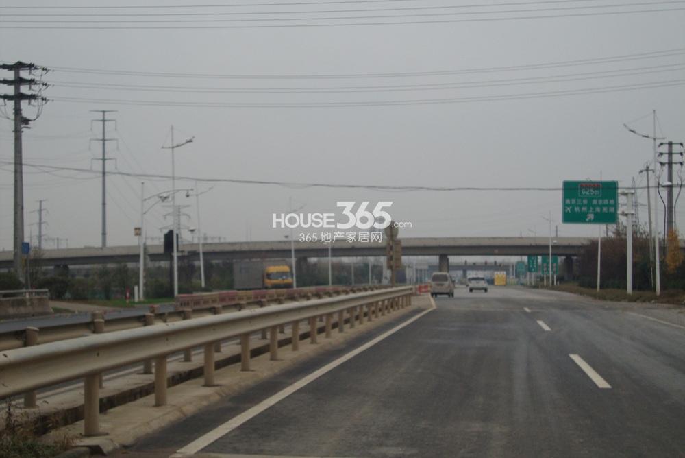翠屏九溪诚园北面1000米绕城高速公路(1.10)