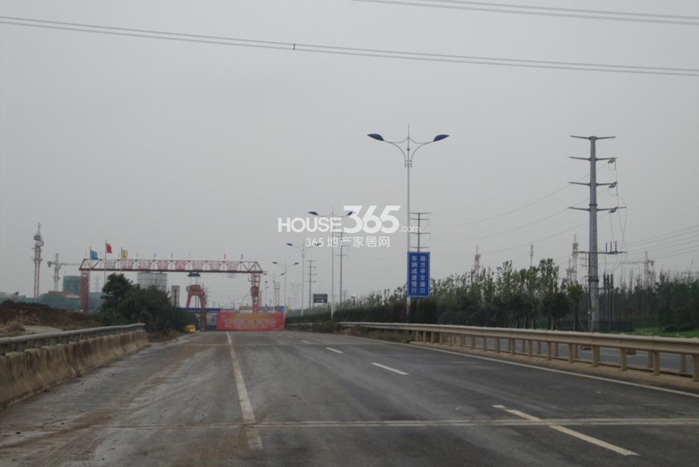 翠屏九溪诚园东面500米地铁三号线秣周路(2.10)