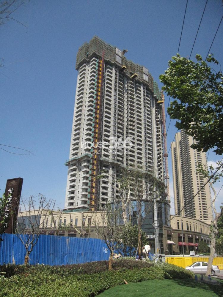 世茂外滩新城6号楼已建至30多层(8.19)