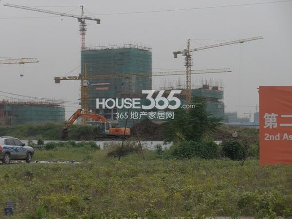 东方万汇城在建1、4号楼实景图(9.25)