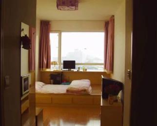 阿奎利亚米兰堡1室1厅1卫40�O整租精装