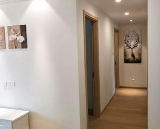 银亿东城3室2厅2卫89平米整租精装