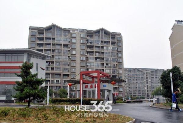 融科城周边报业园小区(2014.1.24)