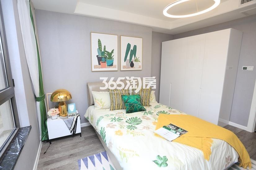 中电颐和府邸公寓样板间——卧室