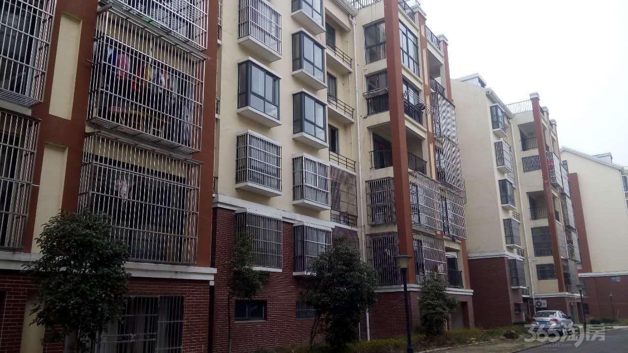 幸福豪庭3室2厅1卫108平米2009年产权房毛坯