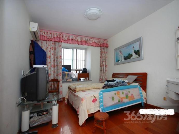 明城华贵园2室2厅1卫104平方产权房精装