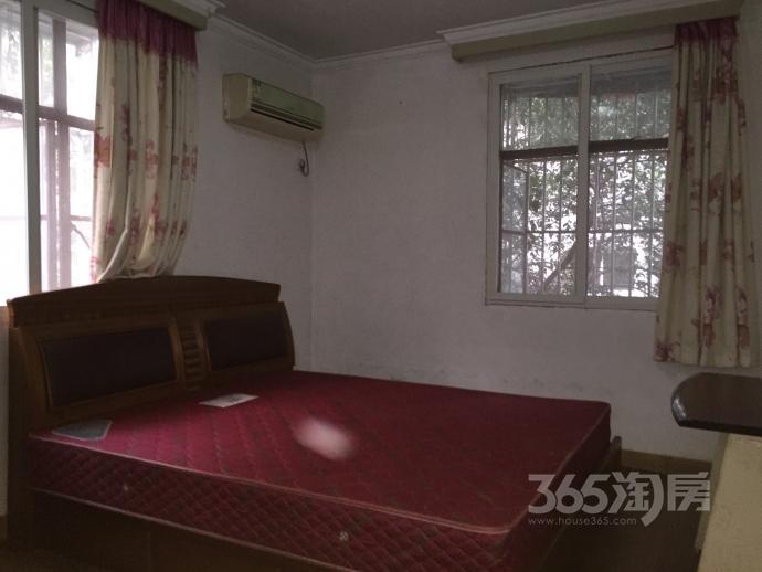 白云小区2室1厅1卫58平米整租简装