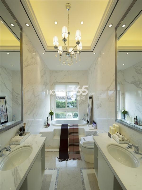 中海龙湾别墅样板间中间户主卧洗手间