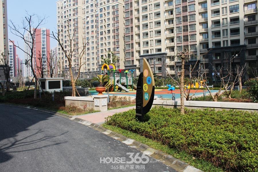 三潭音悦景观(2014年6月摄)