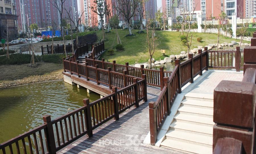 三潭音悦小区景观(2014年6月摄)