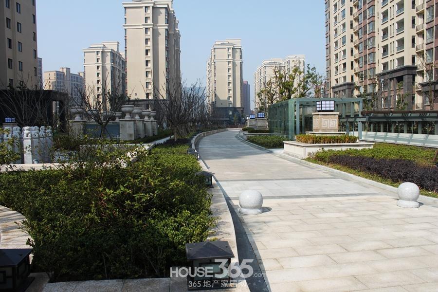 三潭音悦小区内道路(2014年6月摄)