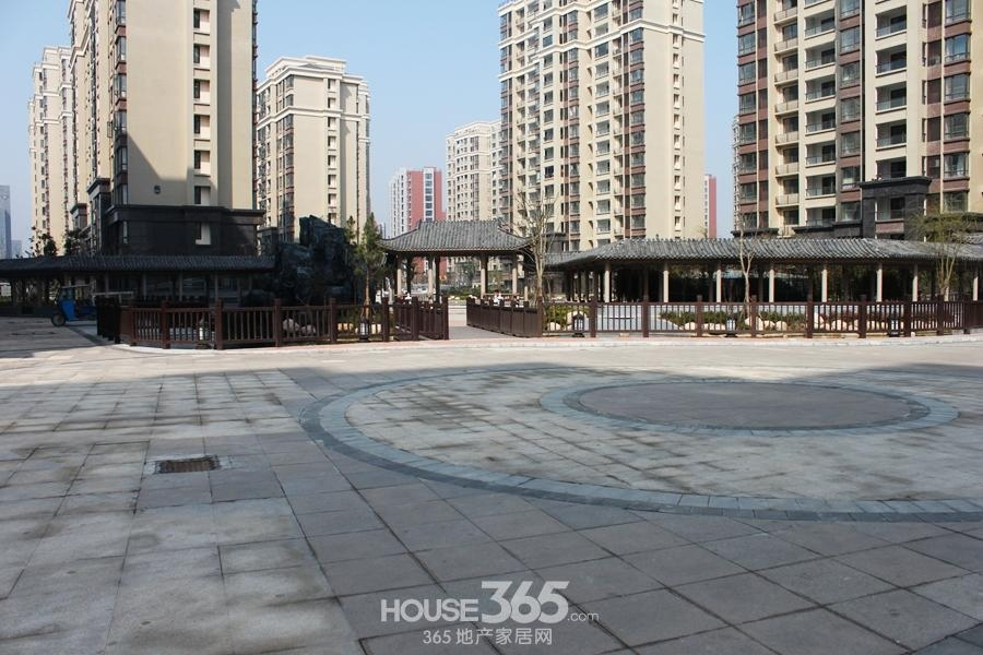 三潭音悦小区内景观(2014年6月摄)