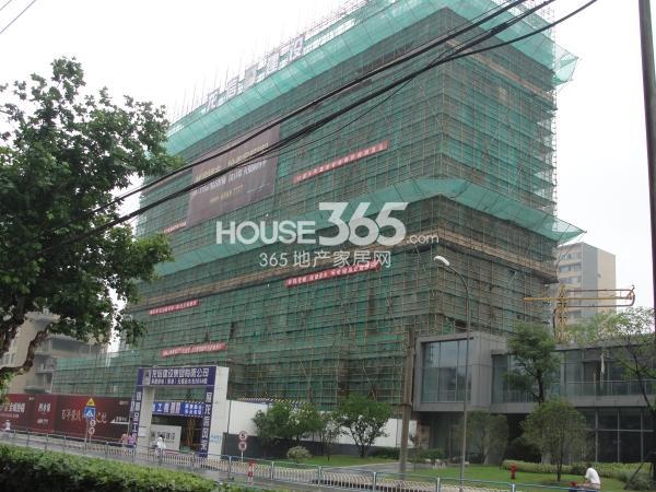 绿地西水东中央生活区2B3#楼工程进度(2014.6)