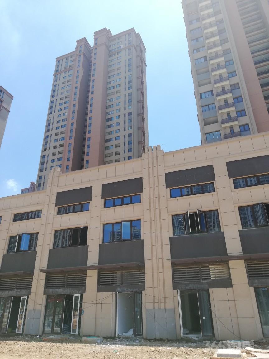 宝华中心商业街门面四大楼盘包围位置绝佳