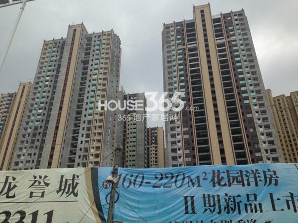 龙湖龙誉城高层工程进度实景图(2014.8)
