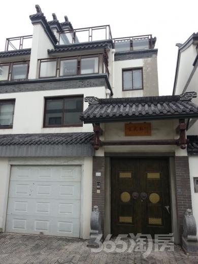 松鹤居3室3厅3卫174平米2011年产权房毛坯