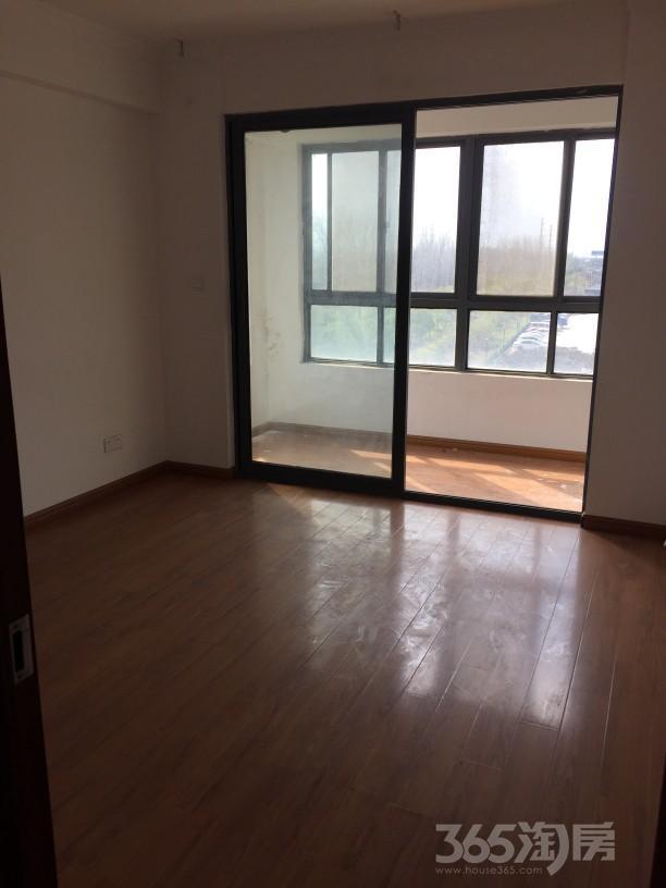 中北龙池湾2室2厅1卫94平方米135万元