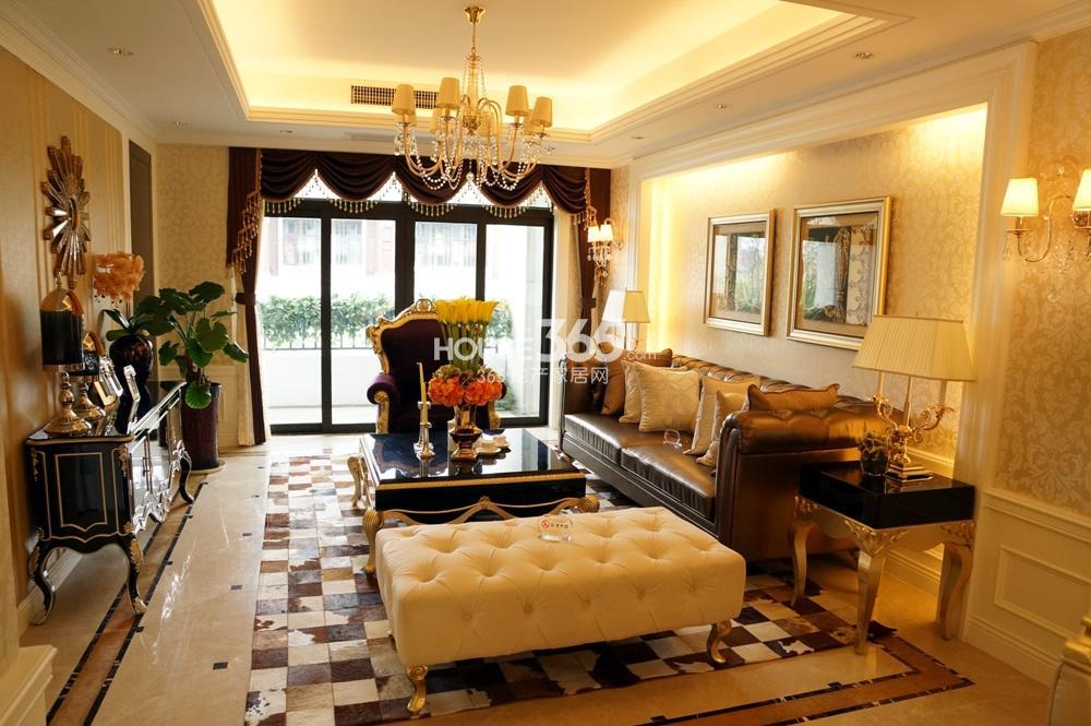 银亿东城C1样板间131㎡——客厅