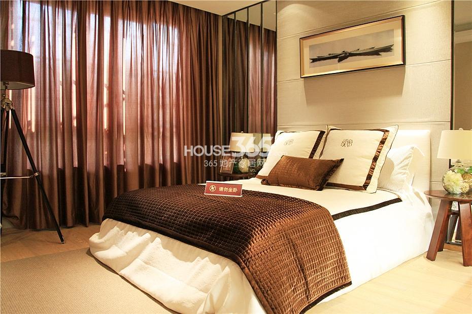 华强城美加印象四期XA-1户型样板房-卧室