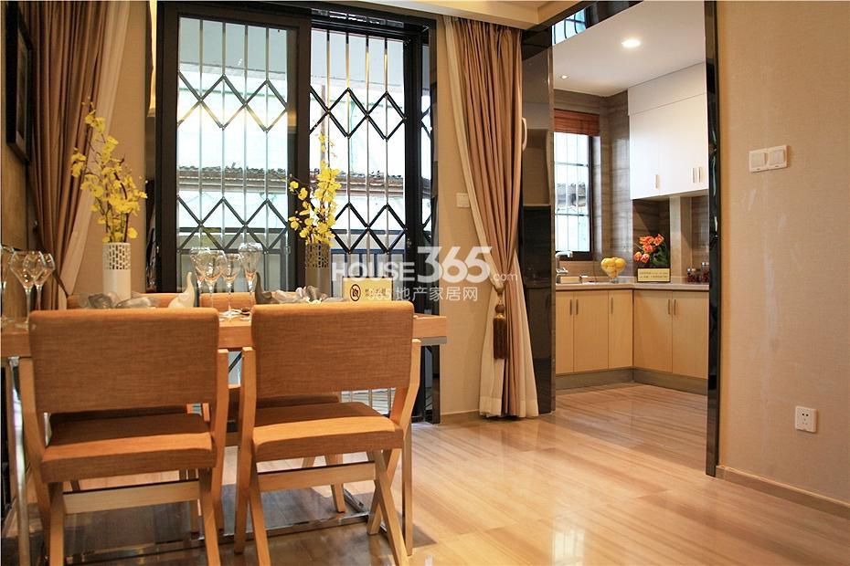 华强城美加印象四期XA-1户型样板房-餐厅&厨房
