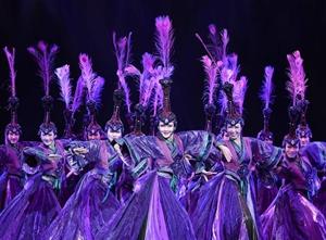 国际蒙古舞蹈艺术展演在呼和浩特举行