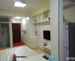 万汇城43平精装单室套 急租 室内家电齐全 可随时拎包入住