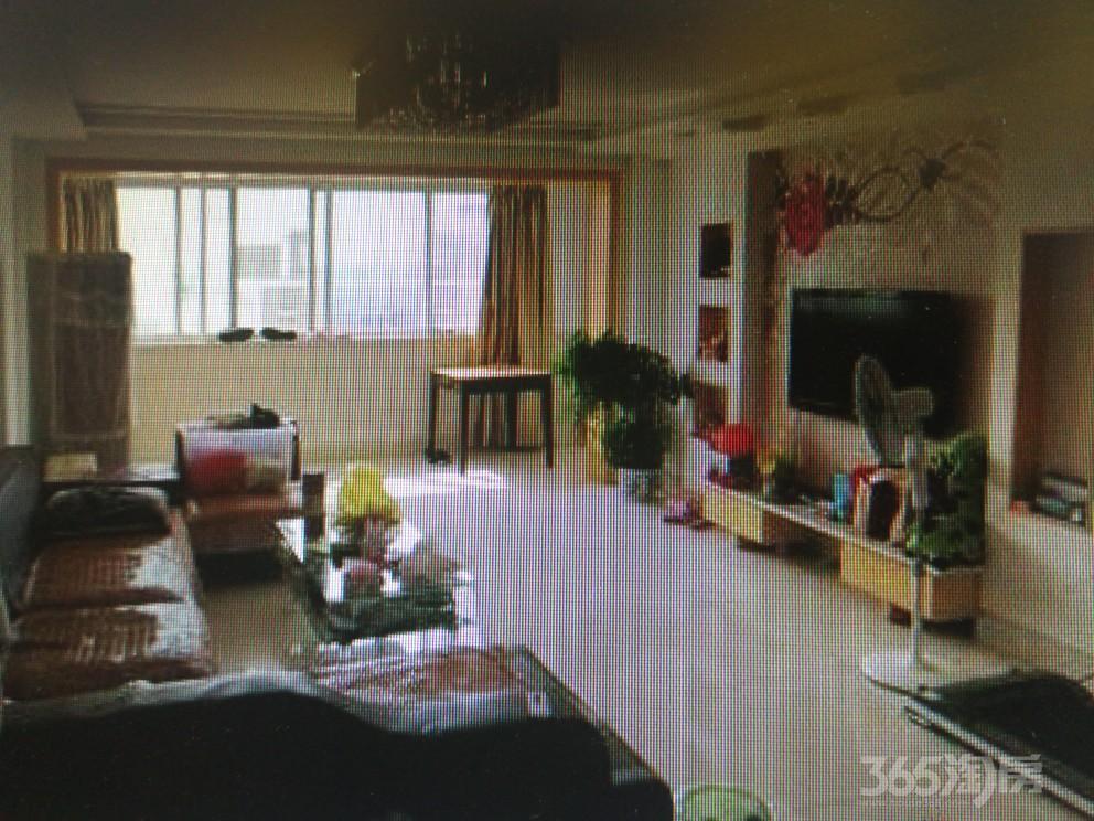 张家港向阳一村3室2厅2卫143�O