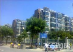 香江碧水城 毛坯复式 无双税 单价6600+ 送大露台