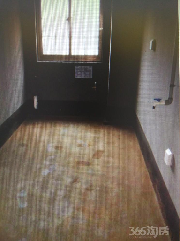 张家港湖滨世家4室2厅2卫126�O