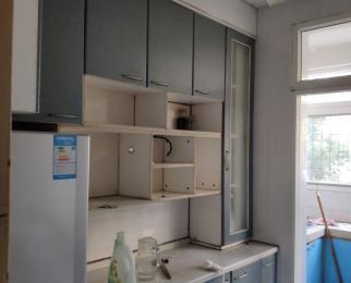 动力新二村2室2厅1卫72平米精装整租