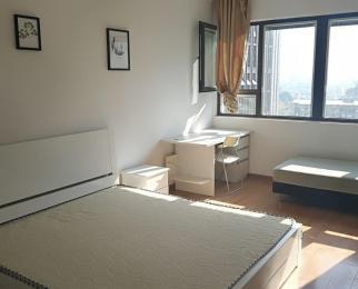 爱涛尚书云邸3室2厅1卫120㎡整租精装,采光特好,楼王位置