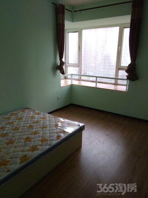 融科心贻湾5室1厅2卫150平米合租精装