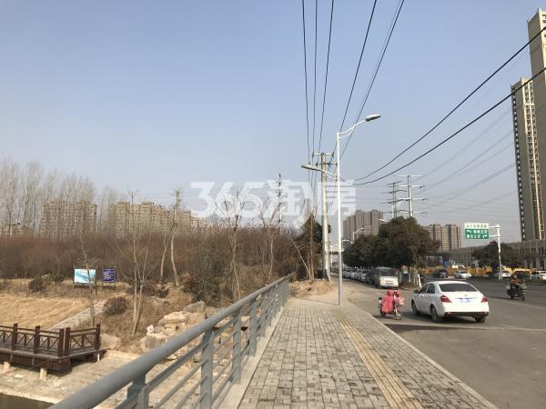 苏宁悦城天齐路实景图(1.24)
