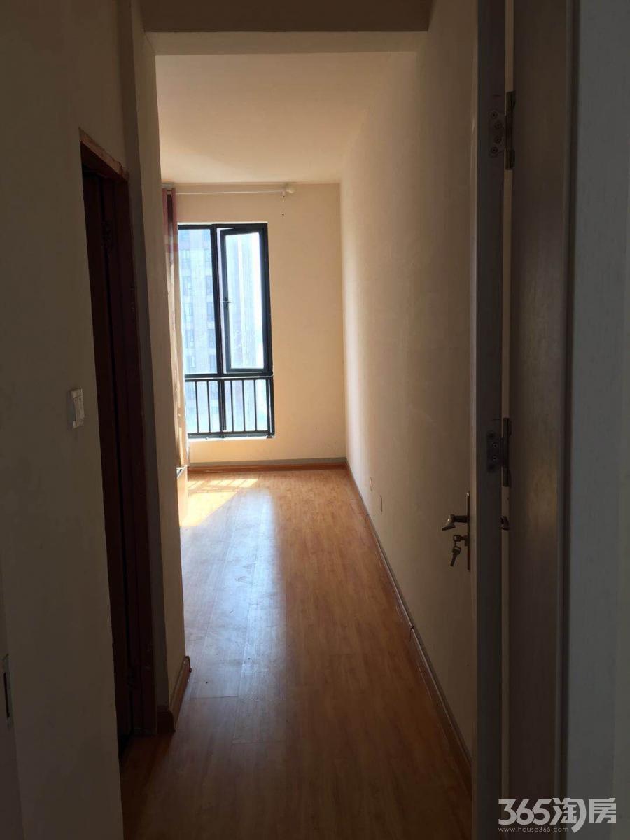 华仑港湾3室2厅2卫125平米整租精装