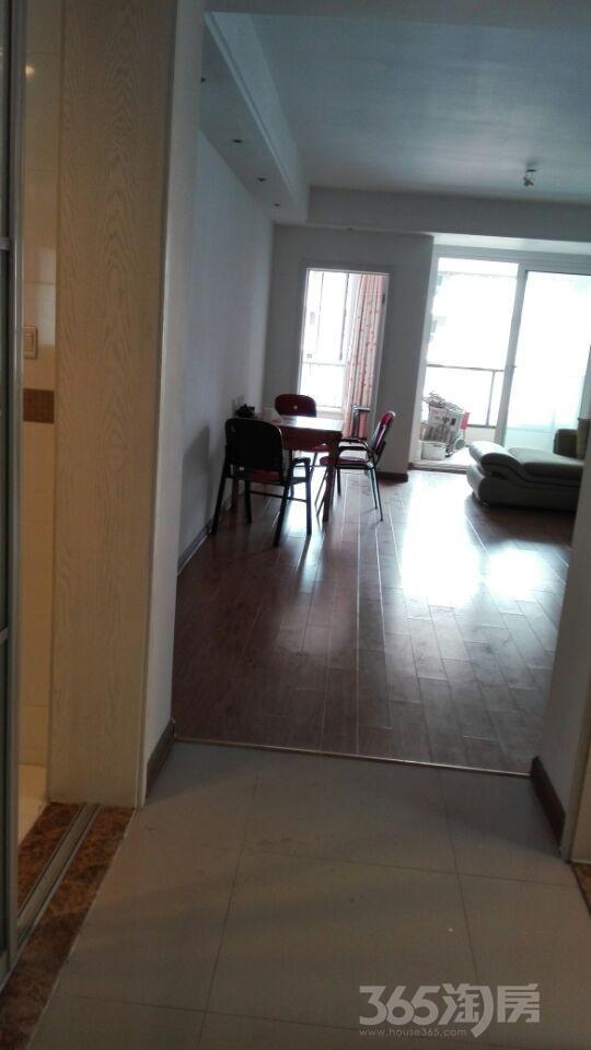 句容仙林悦城3室1厅2卫106.8平米2011年产权房精装