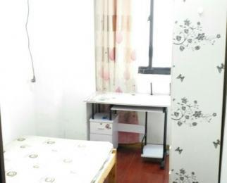 华仁凤凰城4室0厅2卫18平米合租简装