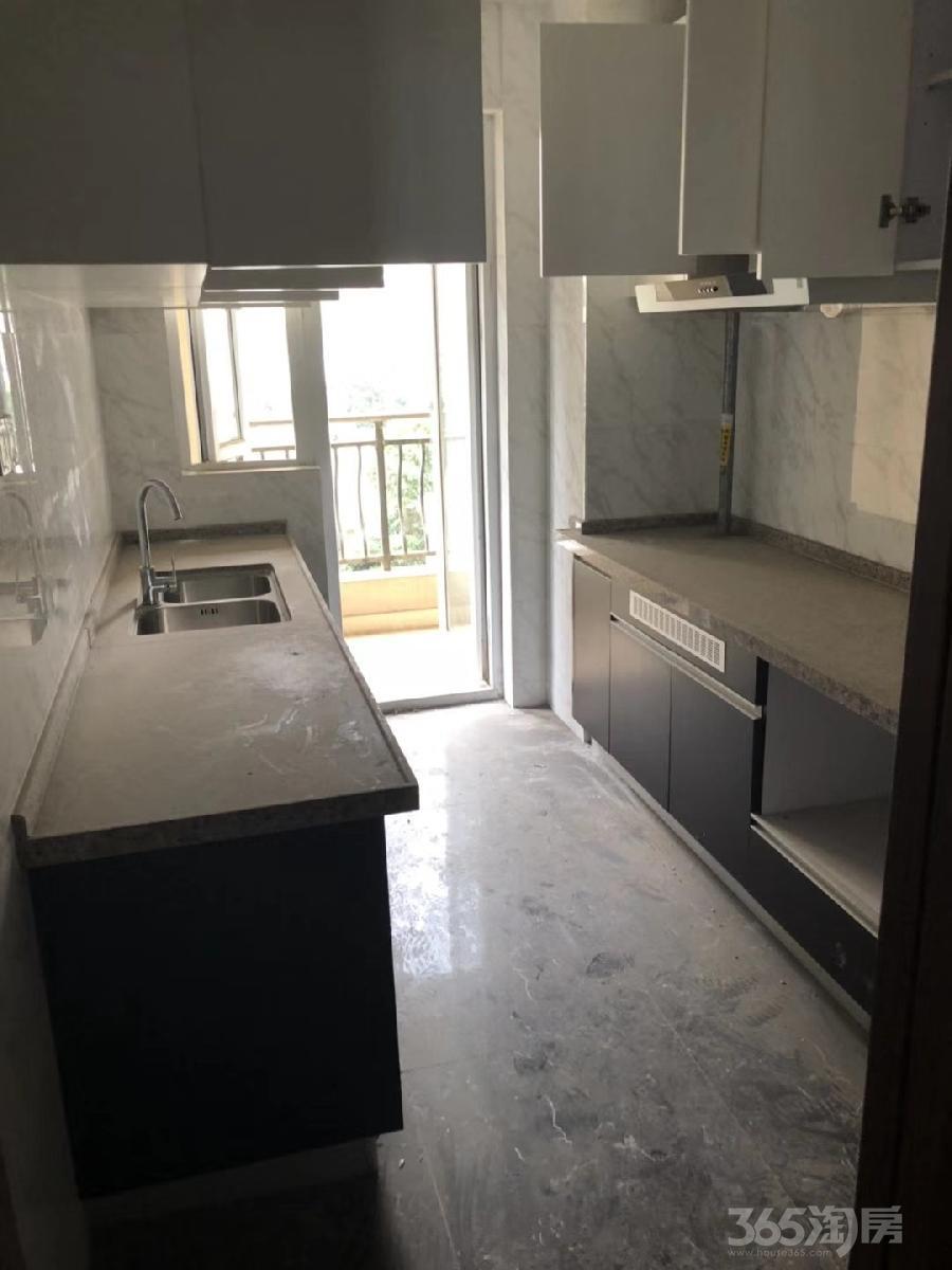 碧桂园凤凰城3室2厅2卫137平米2014年产权房精装