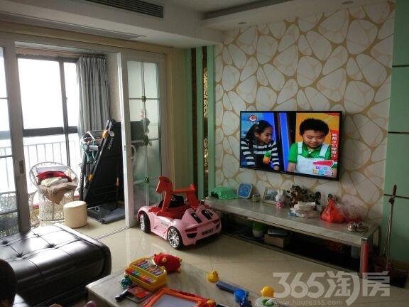 新北新城清水湾花园二期3室2厅2卫130�O