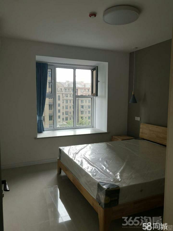 海尔艳澜公馆3室2厅2卫113平米整租精装