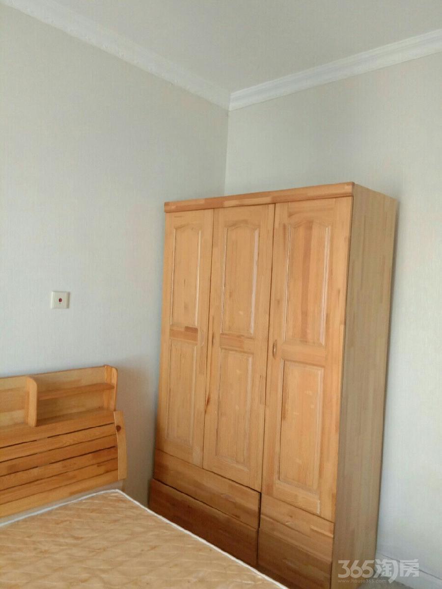 东方国际广场2室1厅1卫85平米整租精装