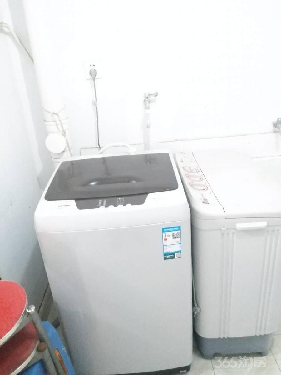燕江新城山水苑2室1厅1卫70.00平米整租简装