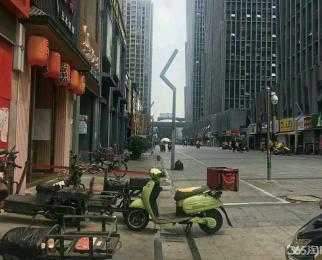 秦淮区石鼓路美食街沿街旺铺急租 十米宽超大门头 无转让