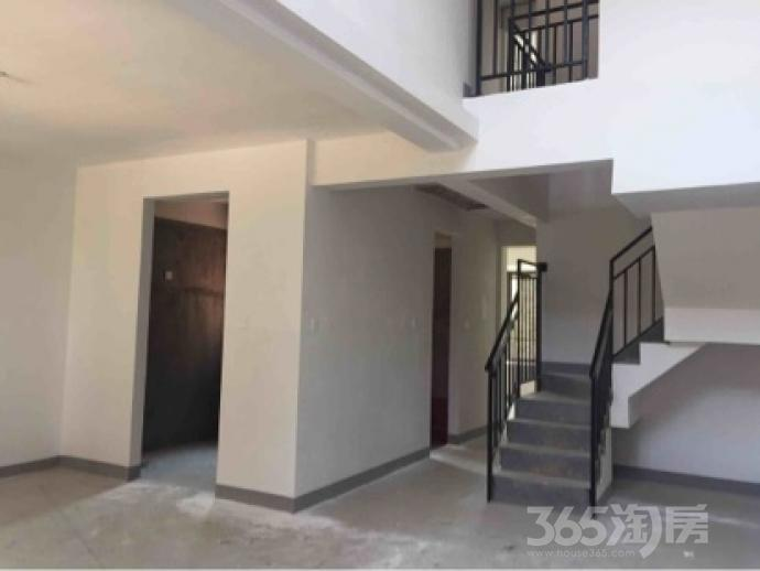 金地浅山艺境4室2厅3卫134平米毛坯产权房2017年建