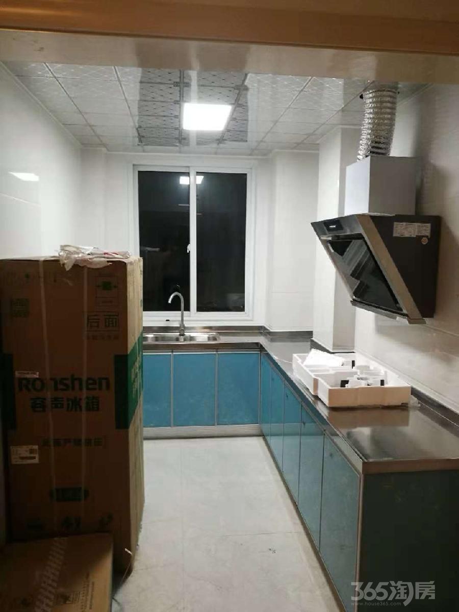 清丽华庭3室2厅1卫97.3平米整租精装
