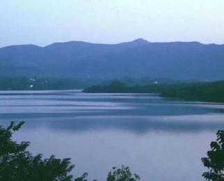 3000亩垂钓区一线湖景房四A景区里的山水大宅首付7万拎包入住急