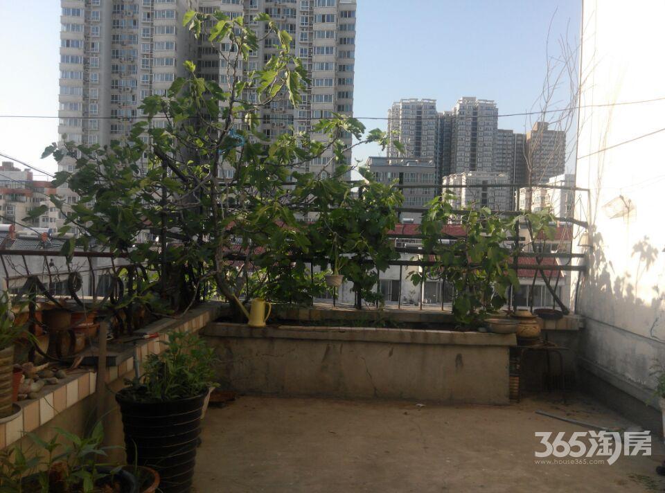 地铁口福泽小区2室2厅2卫97�O整租简装带20平米露台