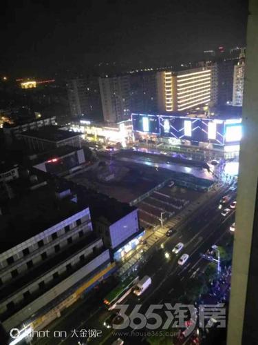 江宁万达广场65平米整租精装可注册
