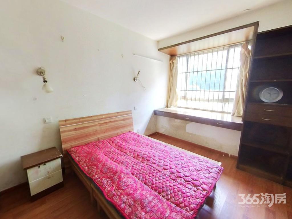泰来苑2室2厅1卫85平方米168万元